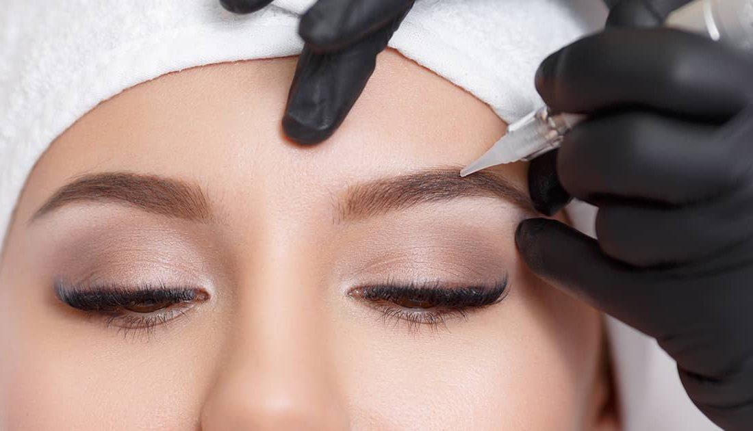 micropigmentando en cejas
